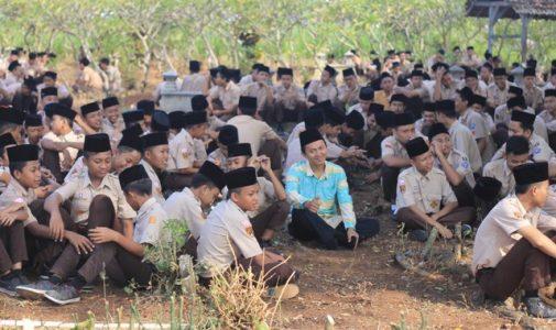 Ziarah Religi Siswa Yayasan Salafiyah Kajen