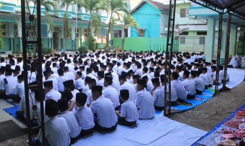 Peringatan Isra' Mi'raj di MTs Salafiyah
