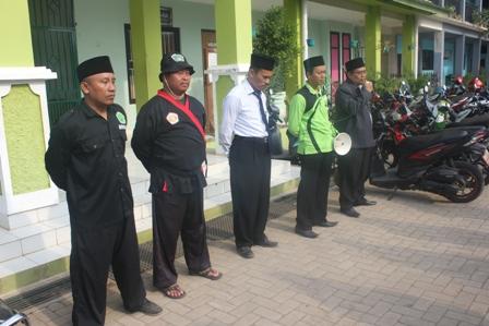 Uji Mental dan Ketahanan Tubuh, 181 Santri MTs Salafiyah Ikuti Pelantikan Pencak Silat Pagar Nusa